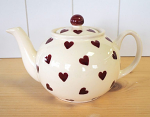 Peregrine Pottery - Queen of Hearts Teapot Small 650ml