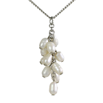 Lila Jewellery Freshwater Pearl - Cluster Pendant White