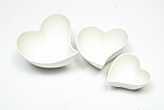 Maxwell & Williams - White Basics Heart Sauce & Dip Set of 3